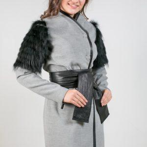 Женское пальто из кашемира. Артикул 21379.