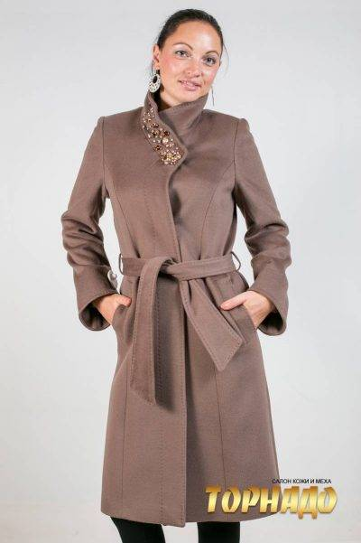 Женское пальто из кашемира. Артикул 21437.