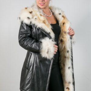 Женское пальто на меху. Артикул 17634.
