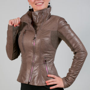 Женская кожаная куртка. Артикул 21289.
