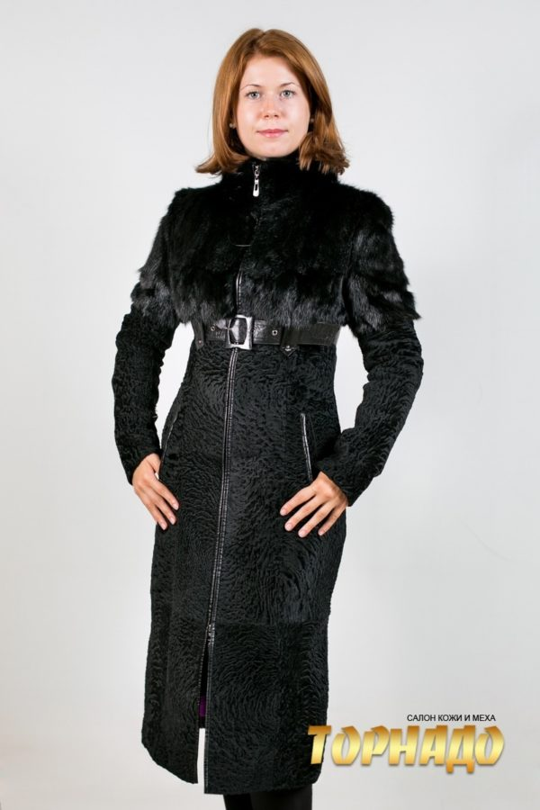 Женская шуба из каракульчи. Артикул 18990.