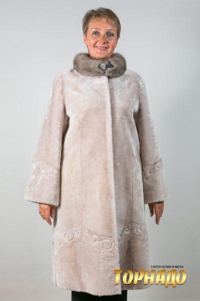 Женская шуба из мутона. Артикул 19345.
