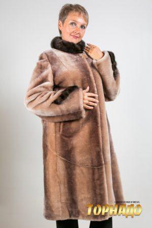 Женская шуба из мутона. Артикул 20276.