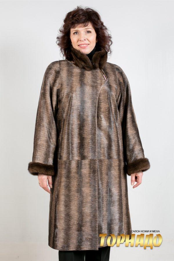 Женское меховое пальто. Артикул 21118.