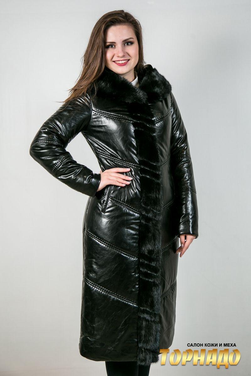 Женское пальто с отделкой из меха норки. Артикул 22654.