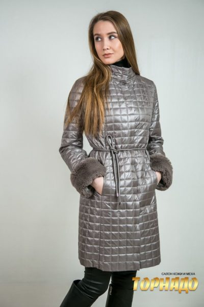 Женское пальто из кашемира. Артикул 23083.