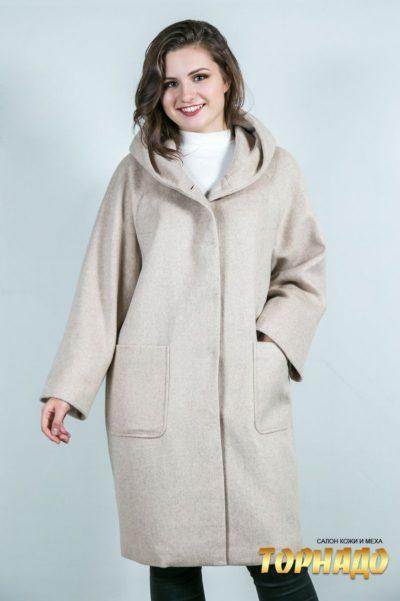 Женское пальто. Артикул 23657.